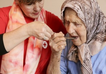 اصول اوليه نگهداری و مراقبت از سالمندان در منزل